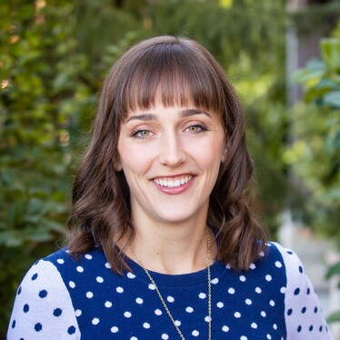 Sara Pixton is a doula serving Utah County